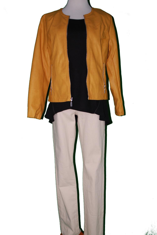 Alfani Jacket – Original Retail: $99, CWS: $20