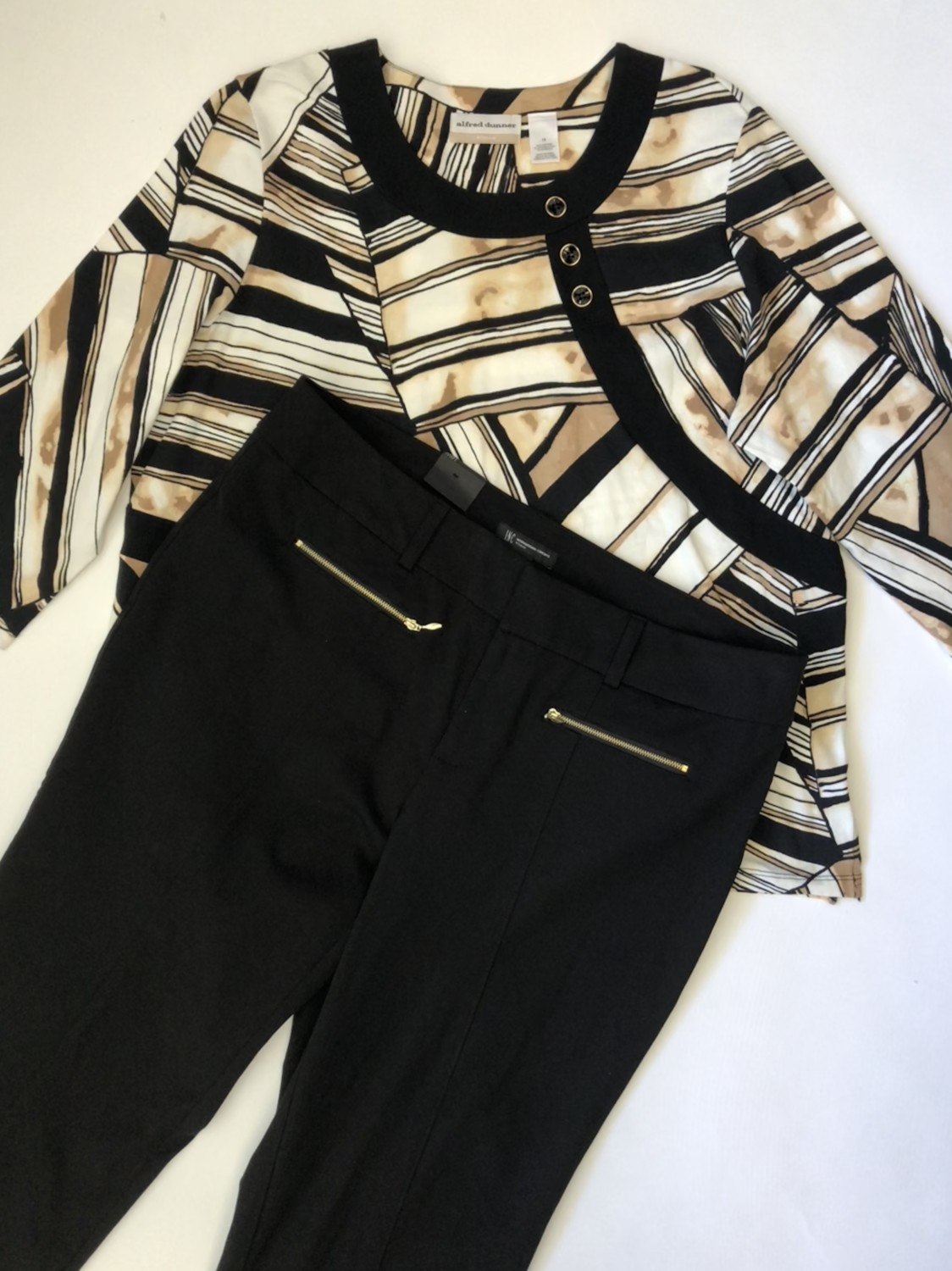 Alfred Dunner Top, INC Pants – Original Retail: $139.50, CWS: $35, Liquidation: $17.50