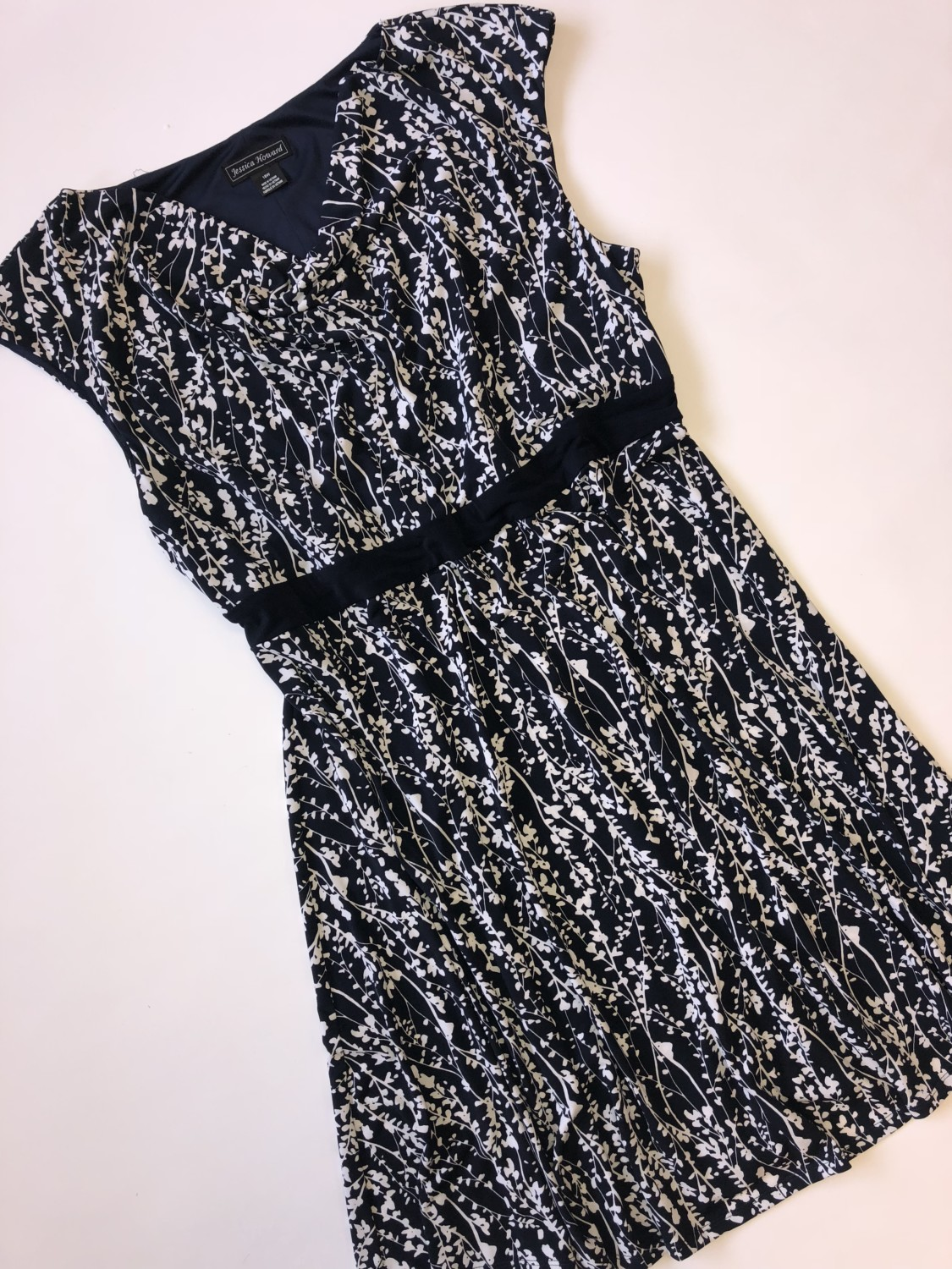 Jessica Howard Dress – Original Retail: $79, CWS: $20