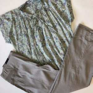 INC Pants – Original Retail: $69, CWS: $15